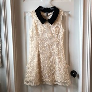 Gracia cream lace dress with black collar, size S